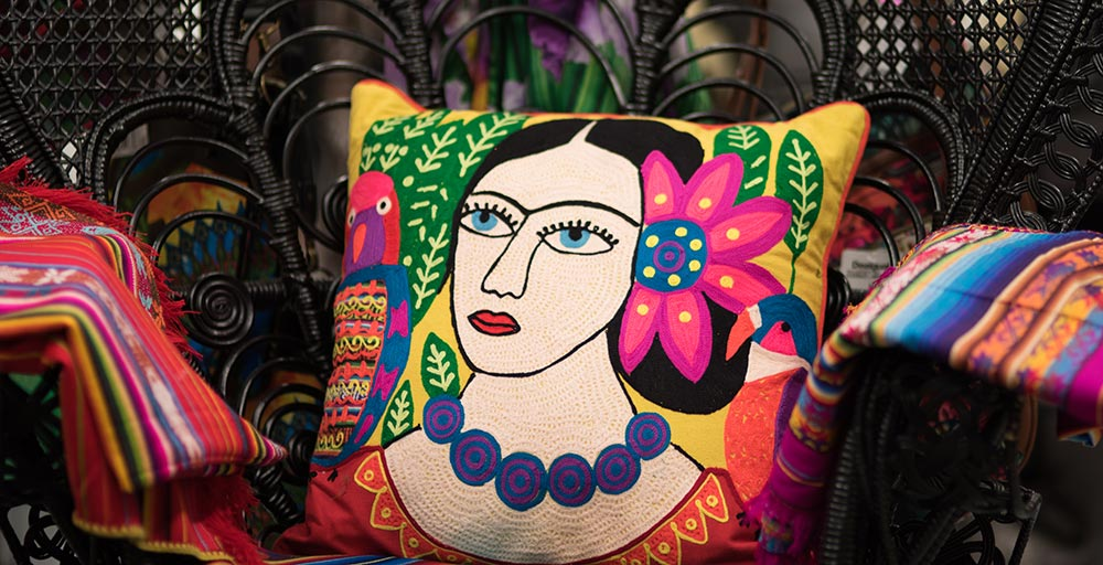cushions-homewares-whitsundays